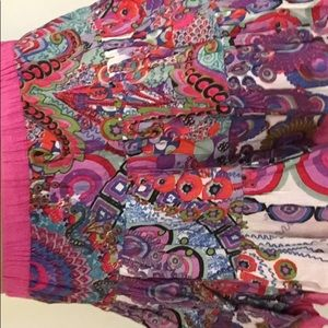 Skirt size 13/14, very colorful